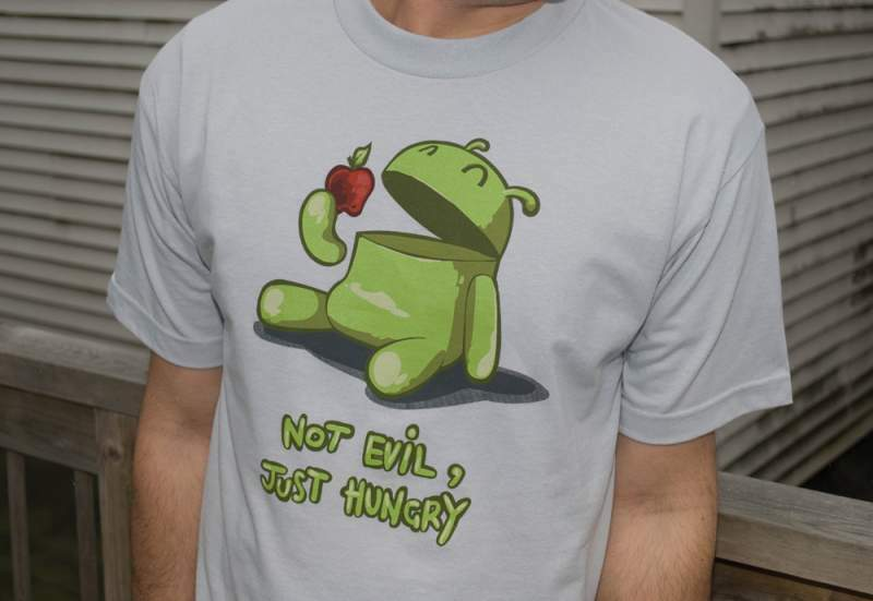 T-shirt android mangia mela-apple- samsung lg motorola htc tablet sony