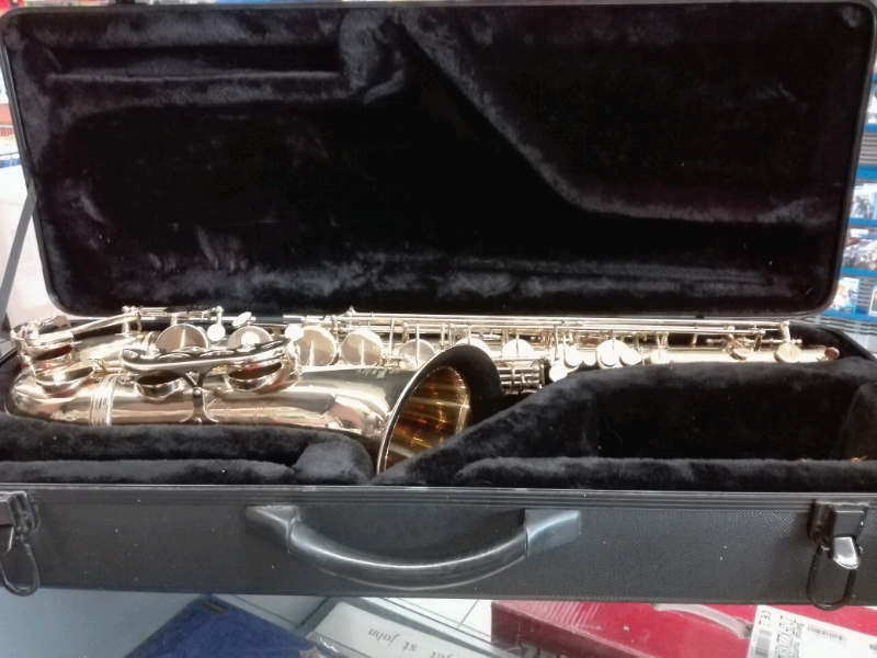 Sax Stagg