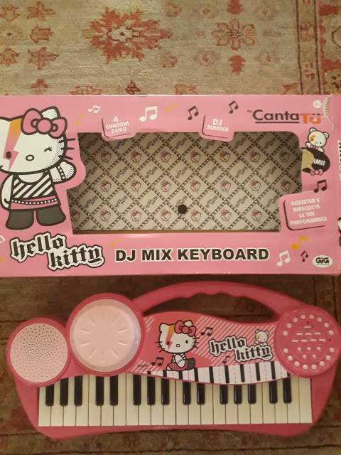 PIANOLA HELLO KITTY Suona, Registra e Riascolta