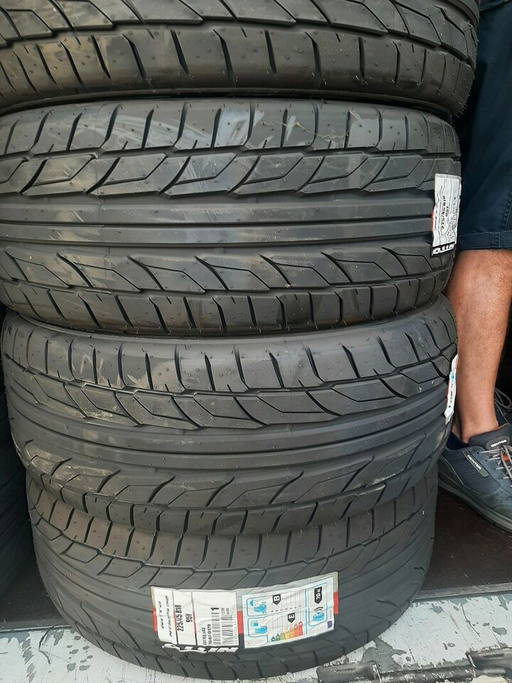 Kit di 4 gomme nuove 195/40/17 nitto