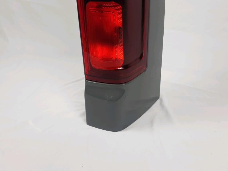 Stop posteriore destro Renault trafic anno 2018 modello vettura 5
