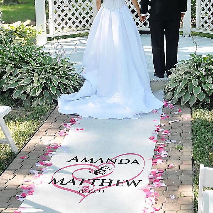 Wedding Aisle: Top 8 Wedding Aisle Runners