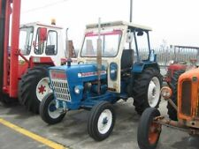Trattore agricolo ford 3000
