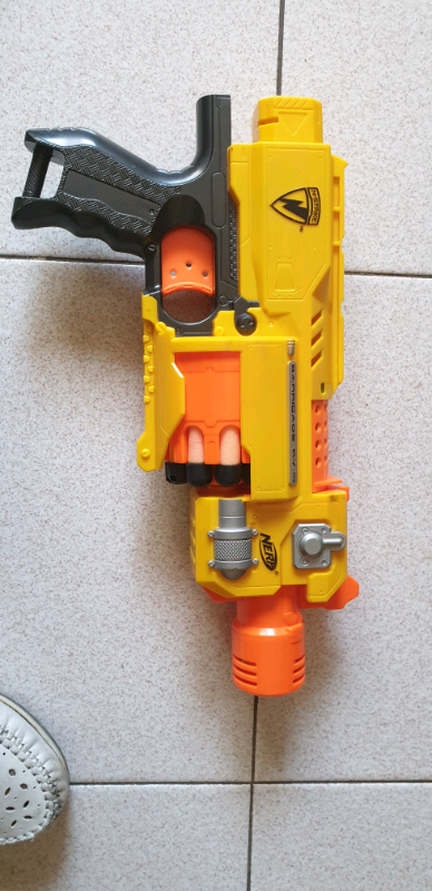 Nerf strike barricade rv10
