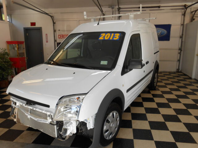 2013 ford transit connect no reserve salvage rebuildable like new good airbags used ford. Black Bedroom Furniture Sets. Home Design Ideas