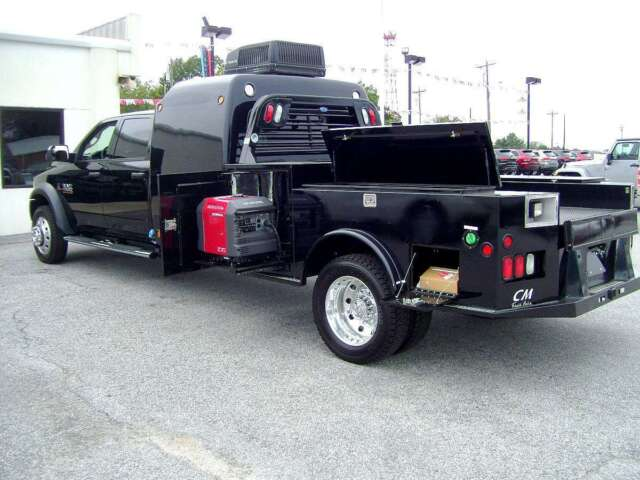 Hot Shot Trucks with Sleepers