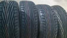 Kit di 4 gomme nuove 225/50/16 Uniroyal