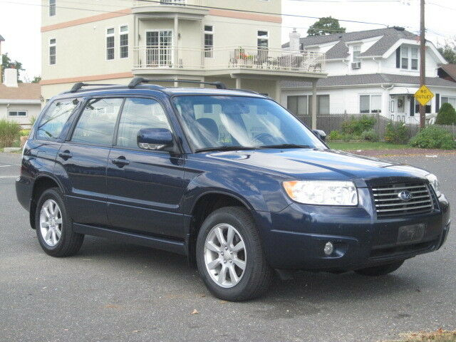 2006 subaru forester wagon awd 1 owner loaded clean runs great no reserve used subaru forester. Black Bedroom Furniture Sets. Home Design Ideas