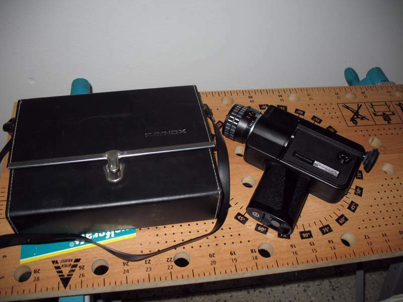 Cinepresa super 8 raynox