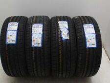 Kit di 4 gomme nuove 215/65/15 Toyo