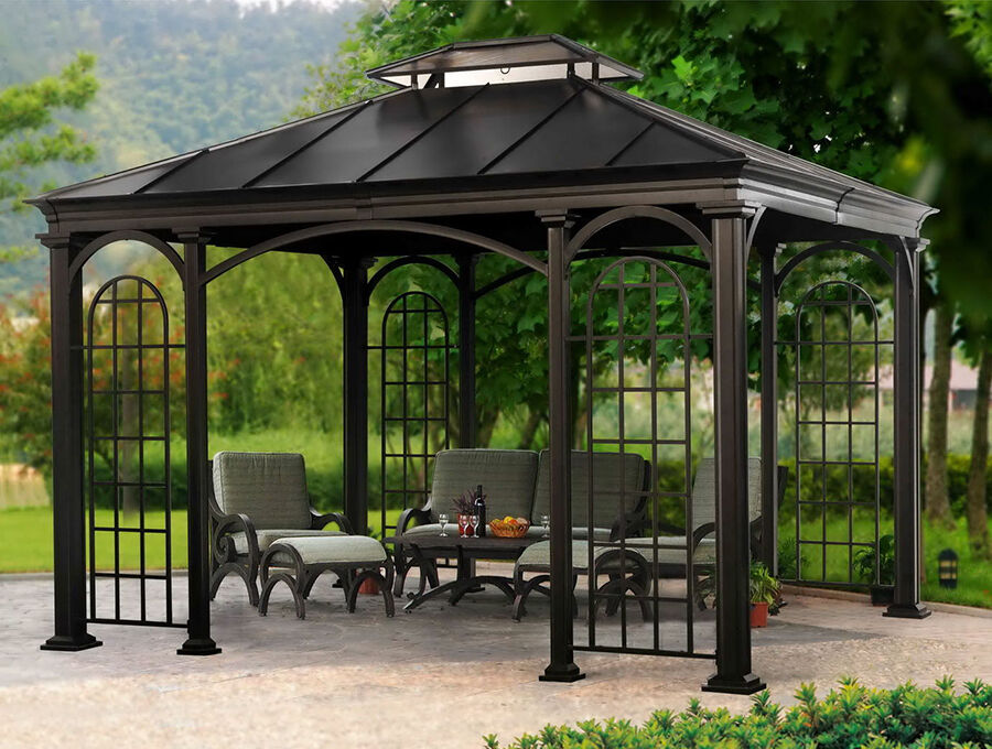 Versatile uses of polygonal pavilion with aluminum frame