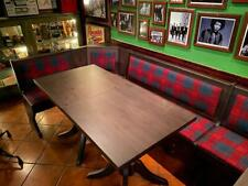 Set tavolo e due panche con schienale in pino per irish pub