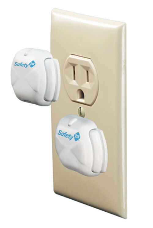 6 tips on fitting safety 1st outlet protectors for your baby ebay. Black Bedroom Furniture Sets. Home Design Ideas