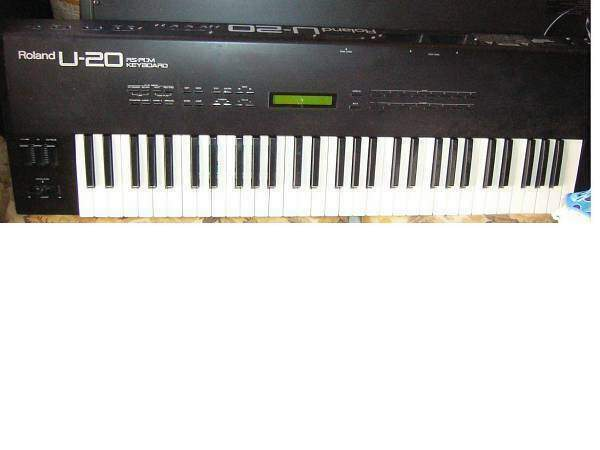 Roland U20 synth multitimbrico