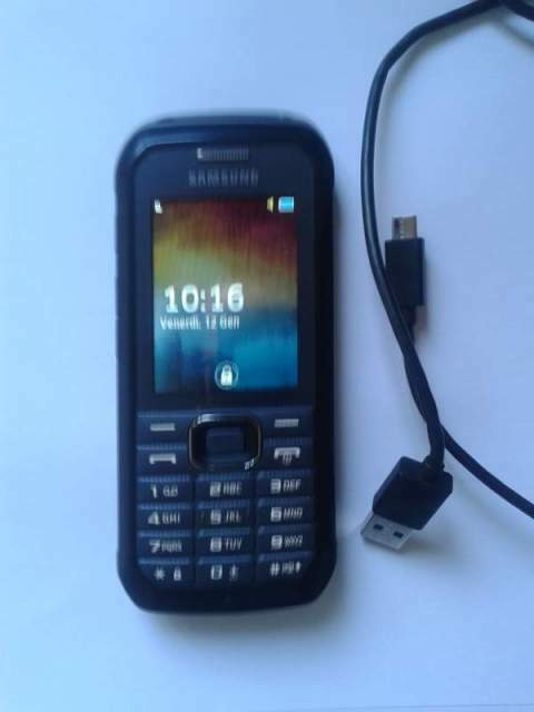 Samsung Xcover B550 feature phone (cellulare)