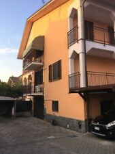 Vendesi porzione doppia di villa tri-familiare prestigiosa 240 mq. ros