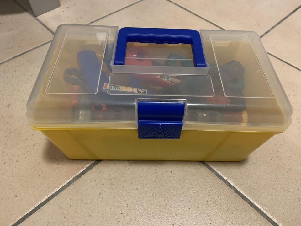 Banco di lavoro Bosch con cassetta attrezzi 4