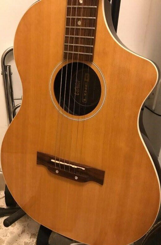 Chitarra LINE6 Variax 300 Acoustic Steel Natural