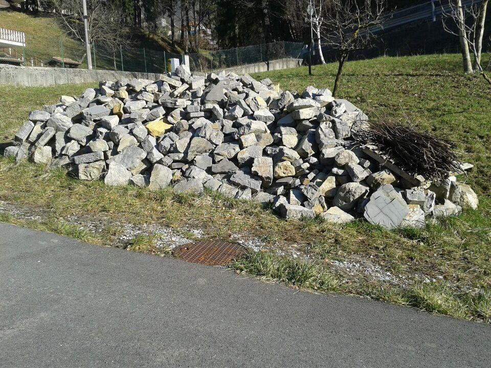 Pietra lavorata a mano per muro 2