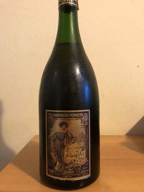 Champagne cuvee speciale Louise Pommery vintage 1985
