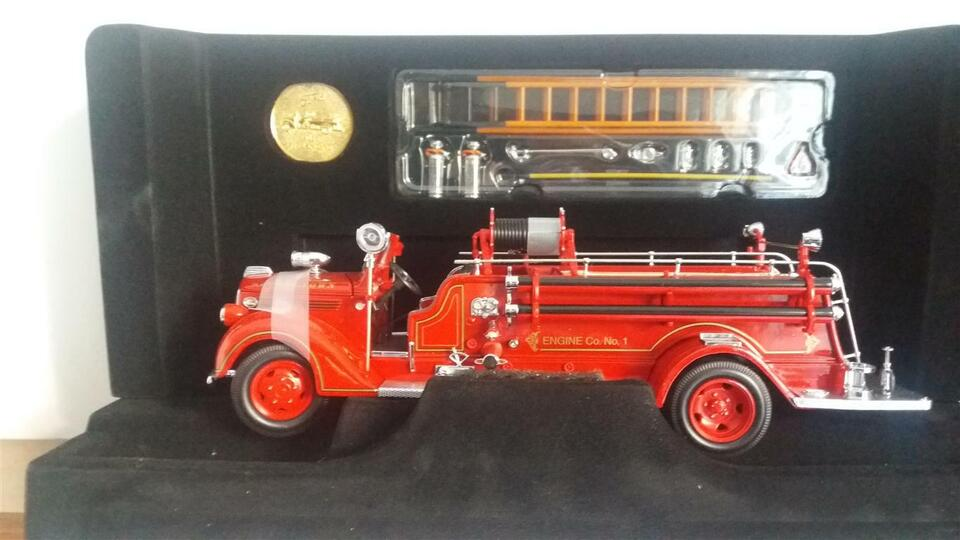 Ford 1938 fire engine camion pompieri
