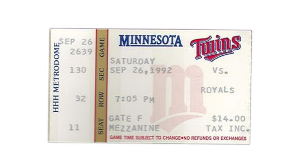 minnesota twins tickets buying guide ebay. Black Bedroom Furniture Sets. Home Design Ideas