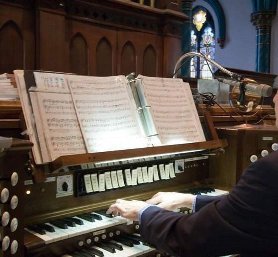 Organista liturgico per messe, matrimoni, ecc.