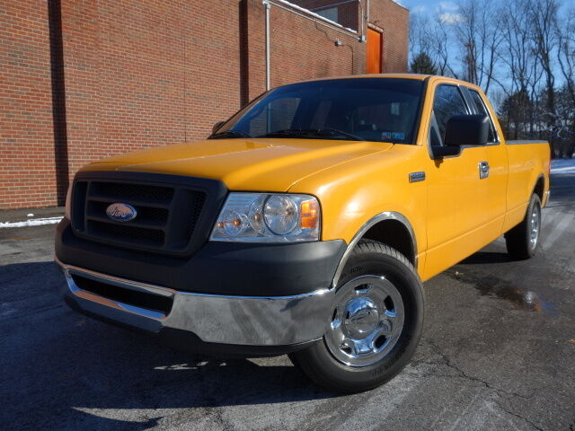 FORD F-150 2WD SUPERCAB EXTENDED CAB 8FT LONG BED 48K LOW MILES NO RESERVE