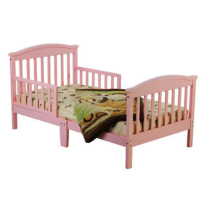 Your Guide to Choosing a Wooden Toddler Bed
