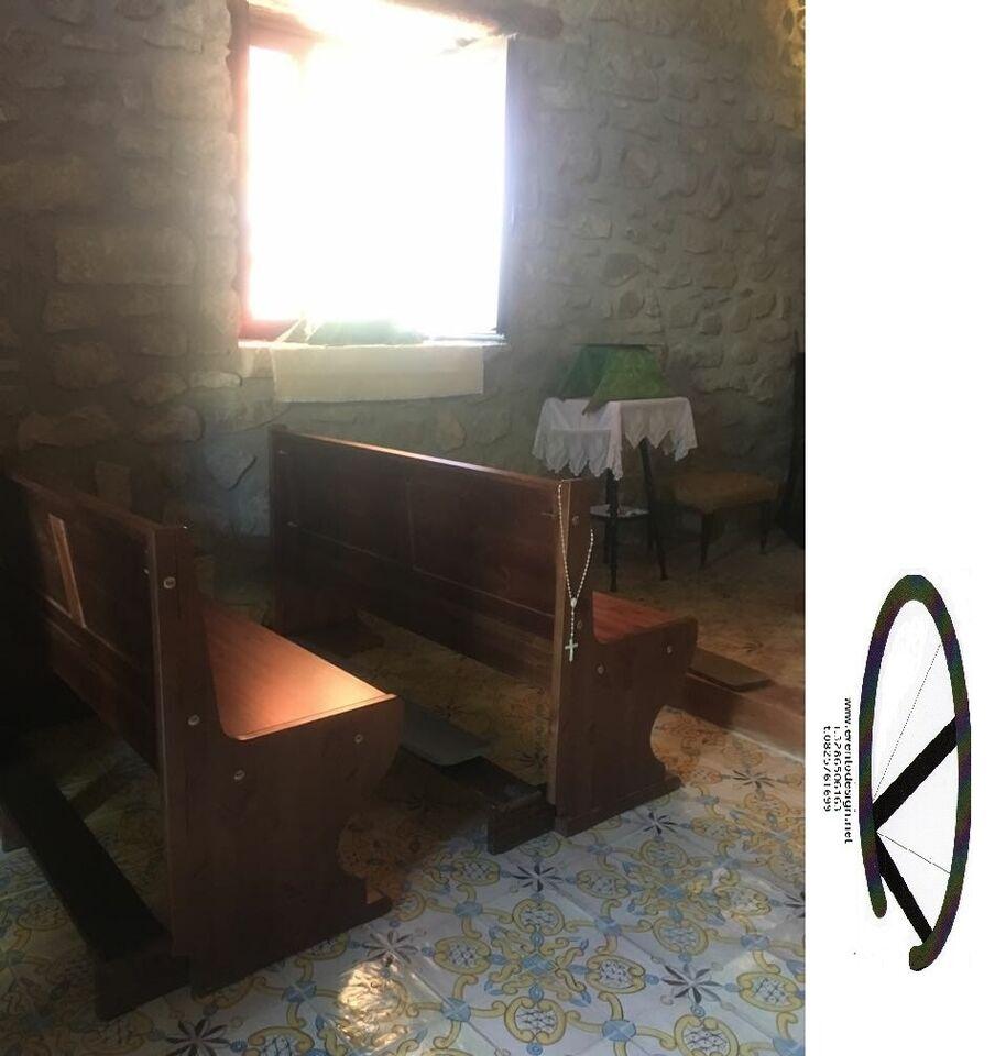 Panca con inginocchiatoio e senza per chiesa privata 6