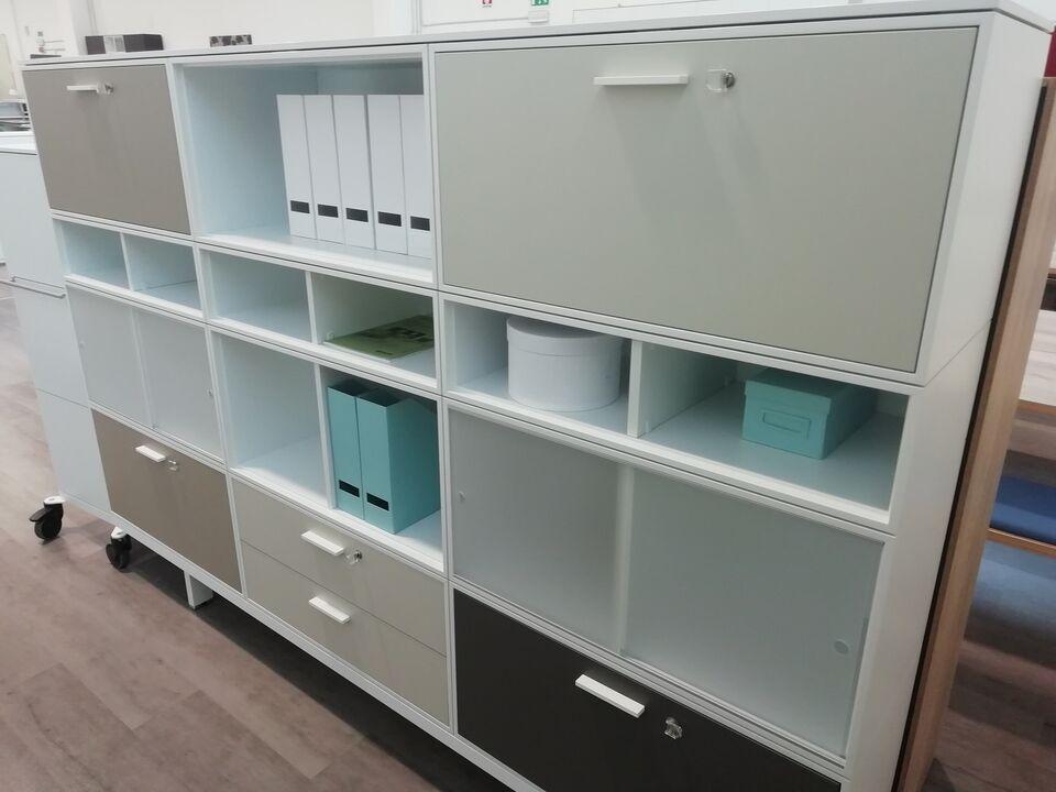 Reception & reception mobili per ufficio t&t system 4