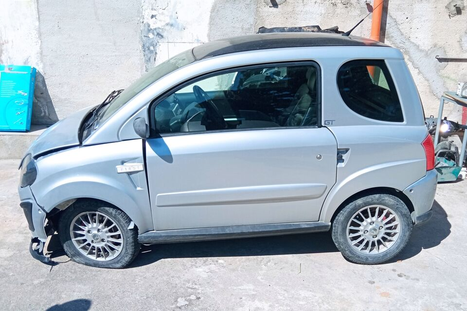 Microcar Due incidentata 2