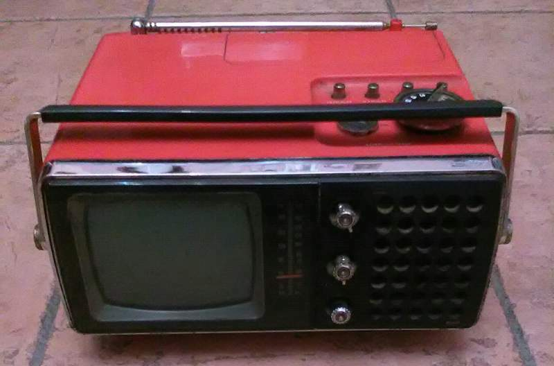 1975 tv&radio portatile Crown