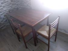 Vendo tavolo e sedie