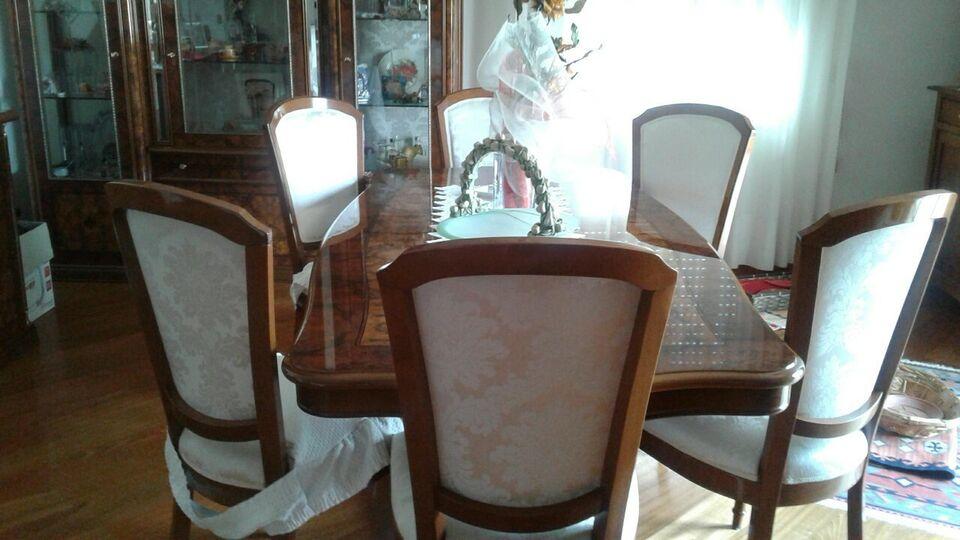 Sala da pranzo in radica