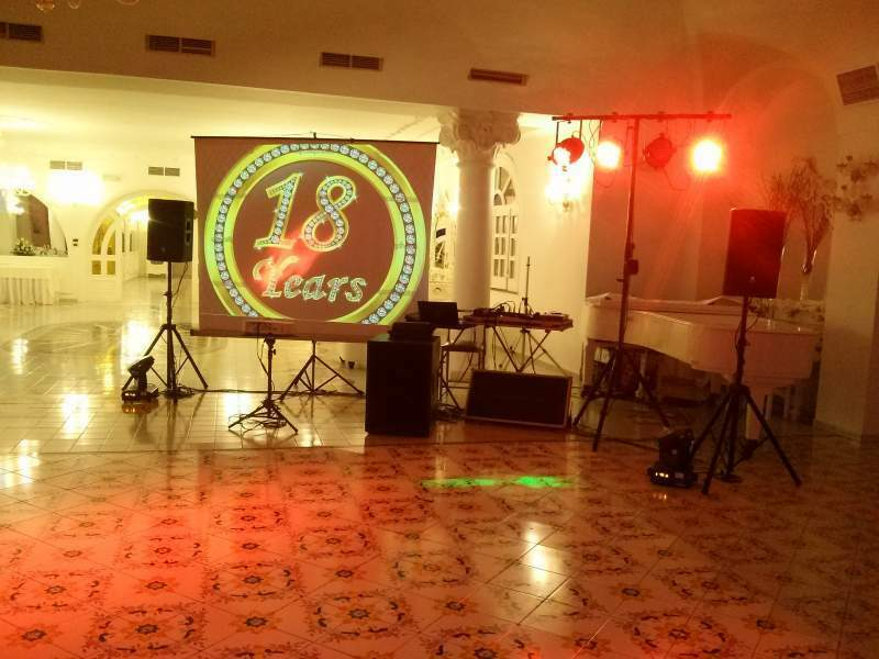 Deejay animation and video mapping 2