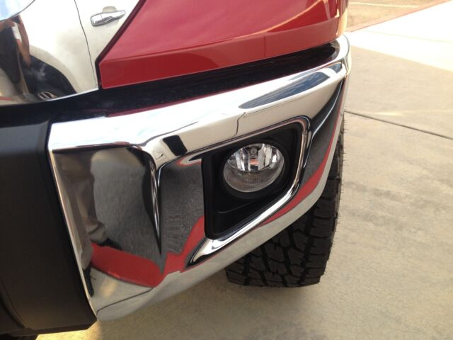 "SR5 5 7L Double Cab 4 Door 4x4 4 Wheel Drive Custom Wheels Lifted 3 "" Lift Kit"