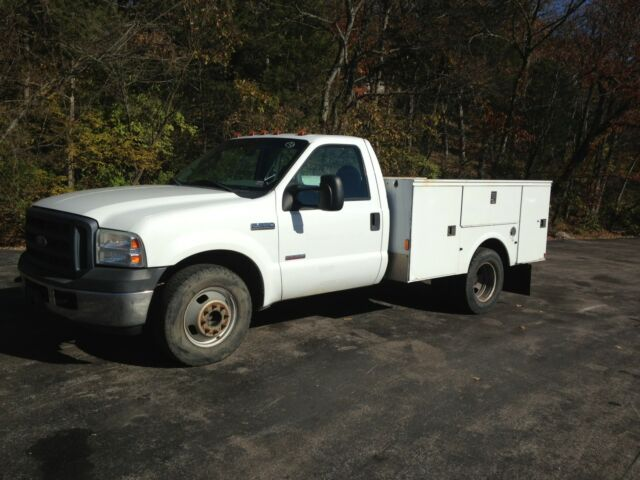 2006 ford f350 power stroke turbo diesel utility bed good condition used ford f 350 for. Black Bedroom Furniture Sets. Home Design Ideas