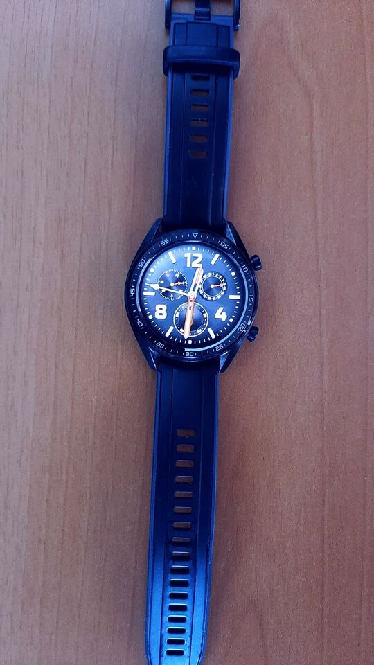 Huawei Watch GT Active 46 mm AMOLED, 3