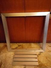 Tavolo quadrato di alluminio con ripiano in cristallo 120x120 cm