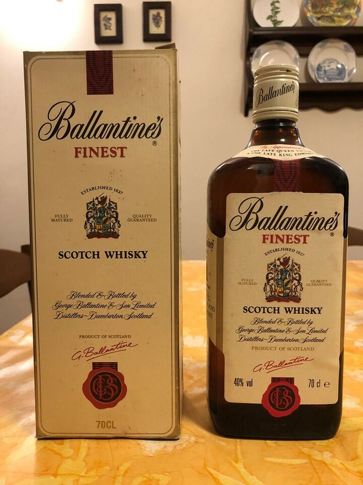Ballantines Finest Scotch Whisky Vintage Rare Old