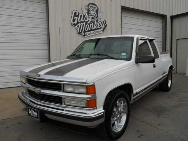 1997 chevrolet c1500 2wd extended cab offered by gas monkey garage no reserve used. Black Bedroom Furniture Sets. Home Design Ideas