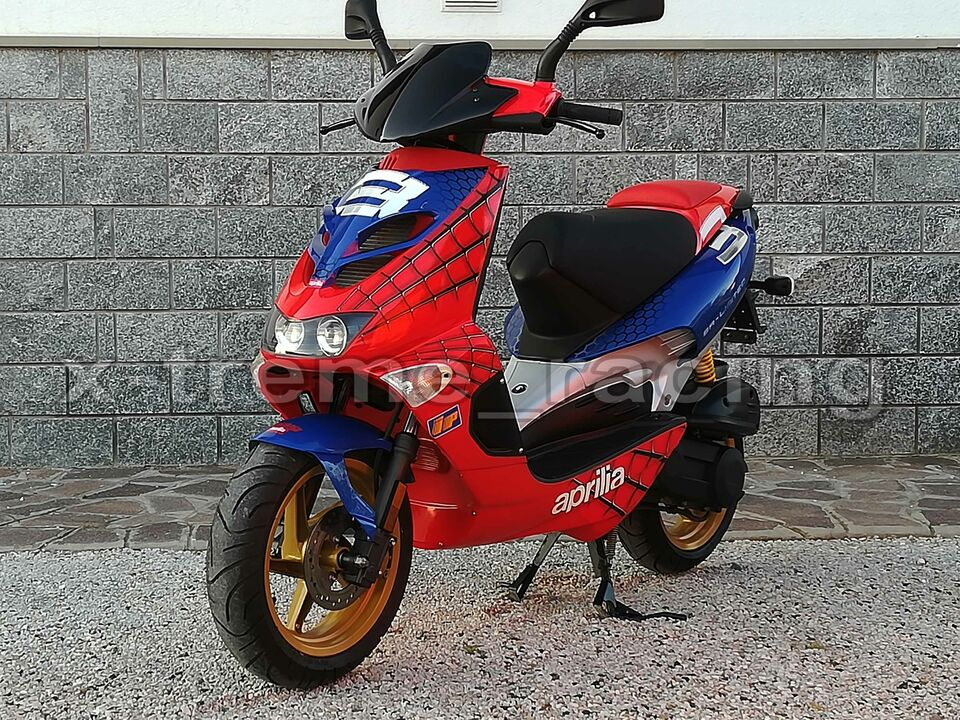 Aprilia SR LIMITED replica SPIDERMAN - 2003 3