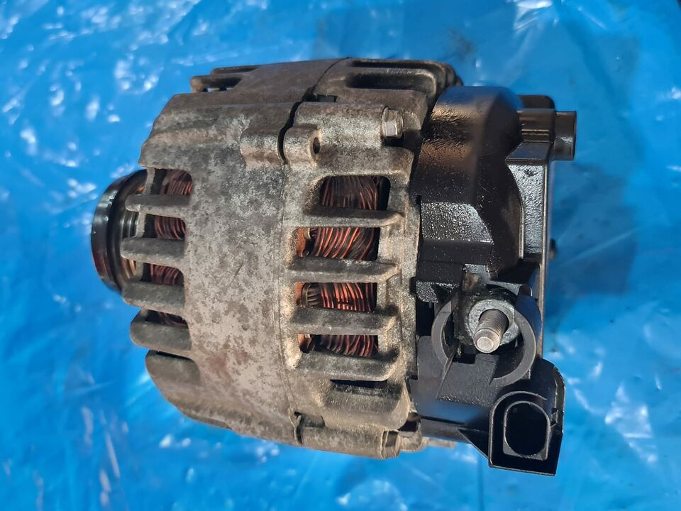 Alternatore Ford Fiesta MK7 1400 cdti AV6N10300GC 30659390 7