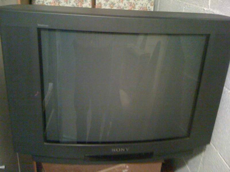 TV Color SONY supertriniton 28 pollici CRT