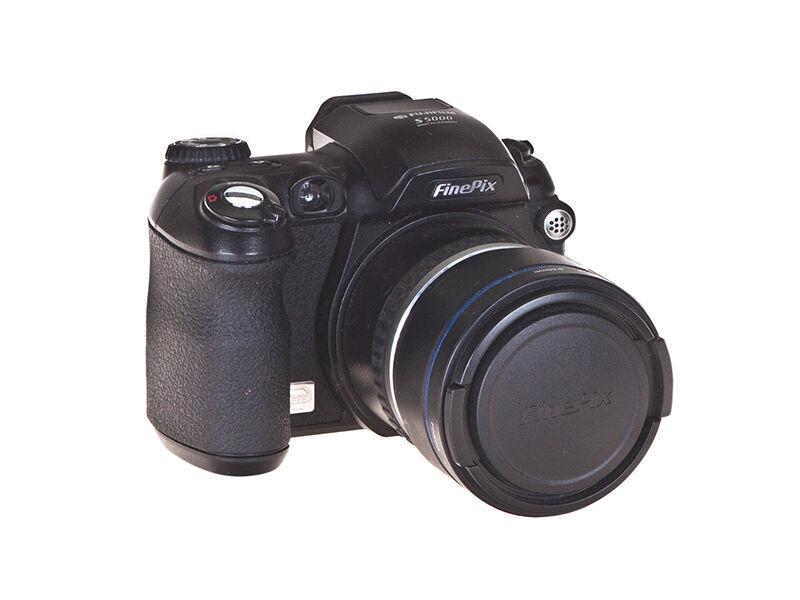 Fujifilm S5000