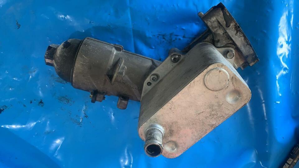Scambiatore Olio Bmw X3 E83 3000 motore 306d2 7788453 2