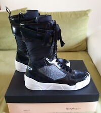 Sneakers alte in pelle by TIPE E TACCHI, n.41