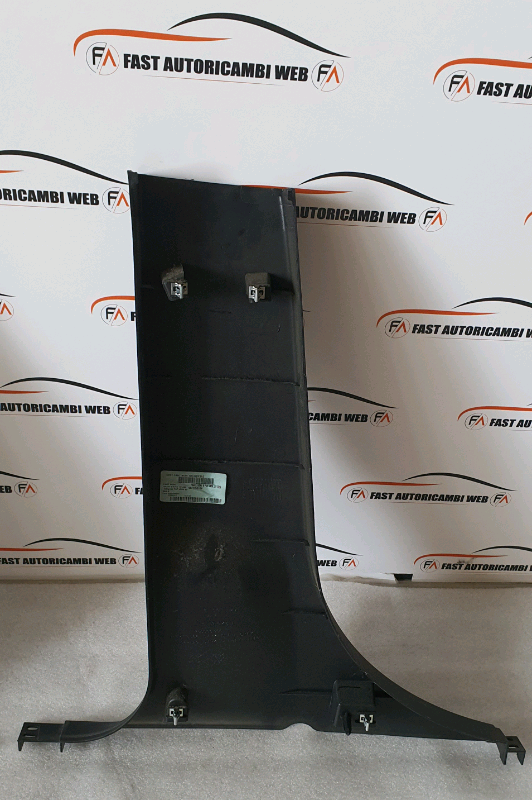 Coppia plastiche montante centrale Fiat Freemont 2012 5