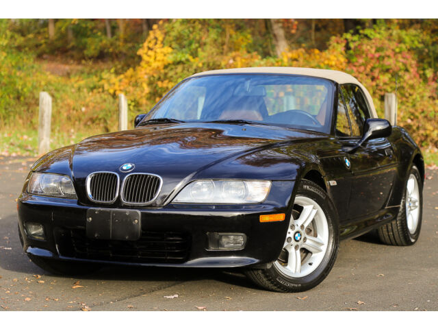 2001 bmw z3 2 5 sport package 5 speed convertible super low 32k mi manual carfax used bmw z3. Black Bedroom Furniture Sets. Home Design Ideas